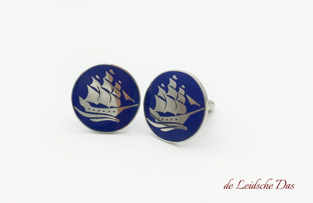 Cufflinks with logo