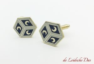 Have cufflinks made in your personalized design, custom cufflinks with your crest or logo
