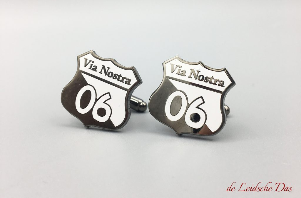 Supplier of custom cufflinks made in your personalized cufflinks design, custom logo cufflinks