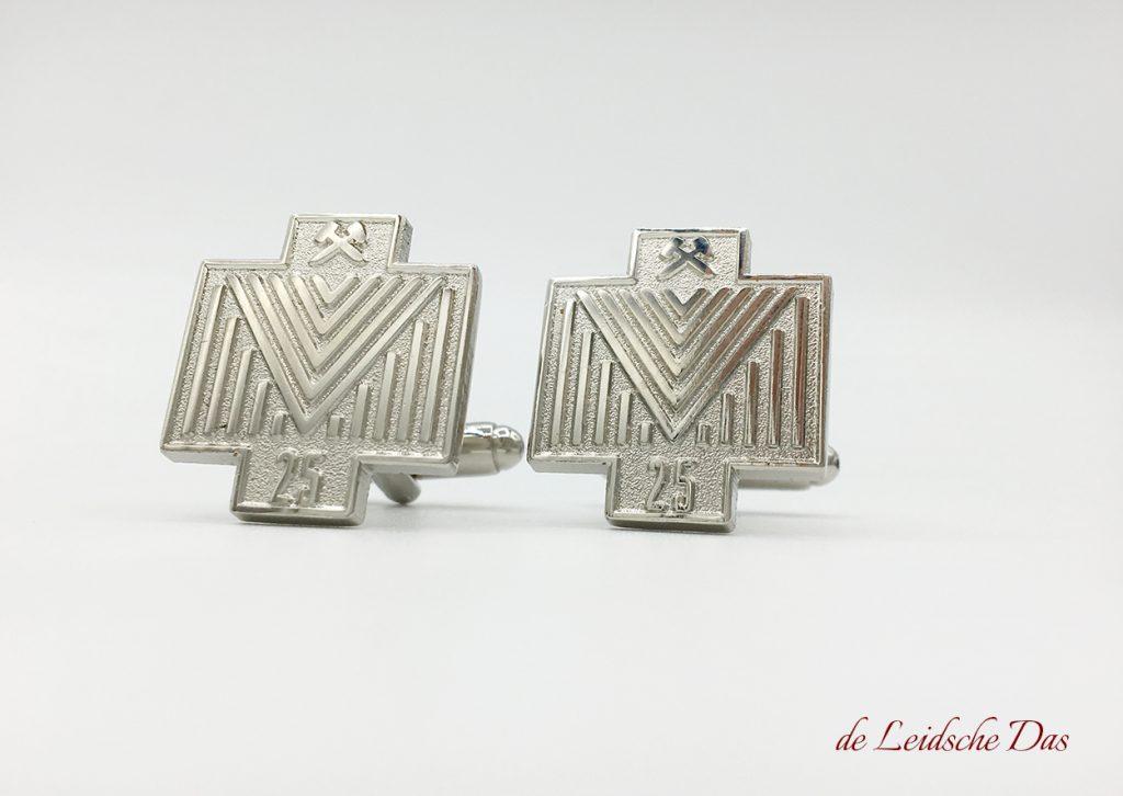 Custom logo cufflinks made in your personalized custom cufflinks design