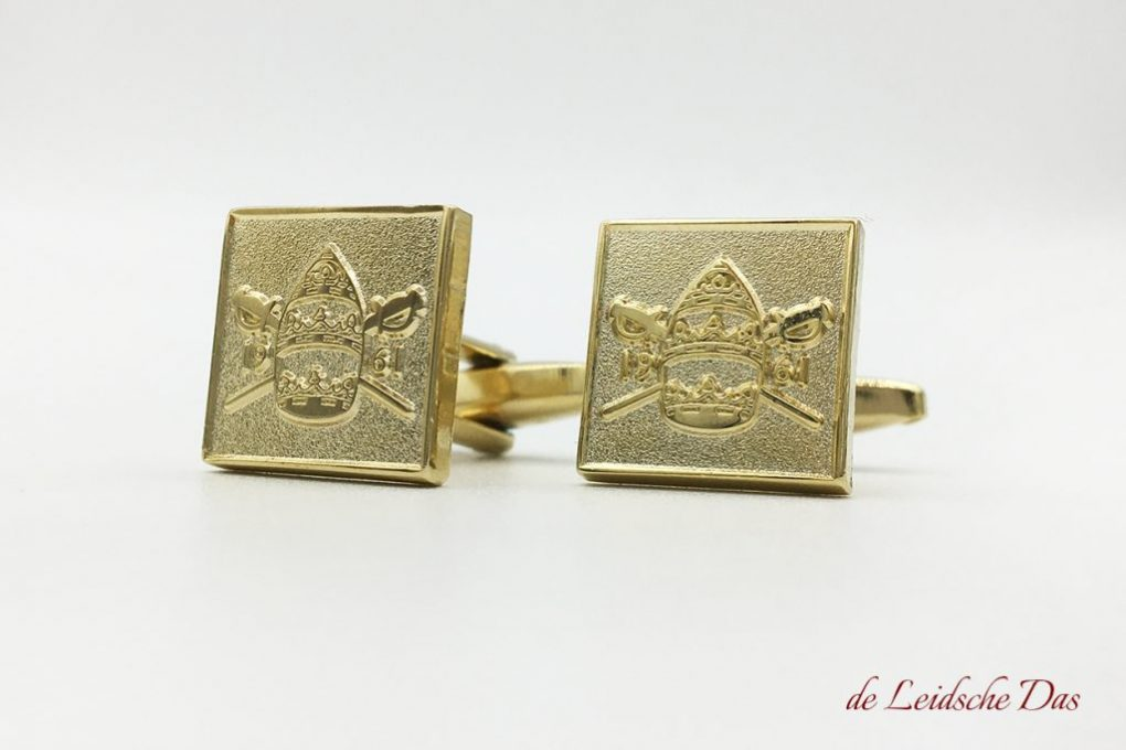 Custom cufflinks with crest, custom made logo cufflinks in your own unique cufflinks design