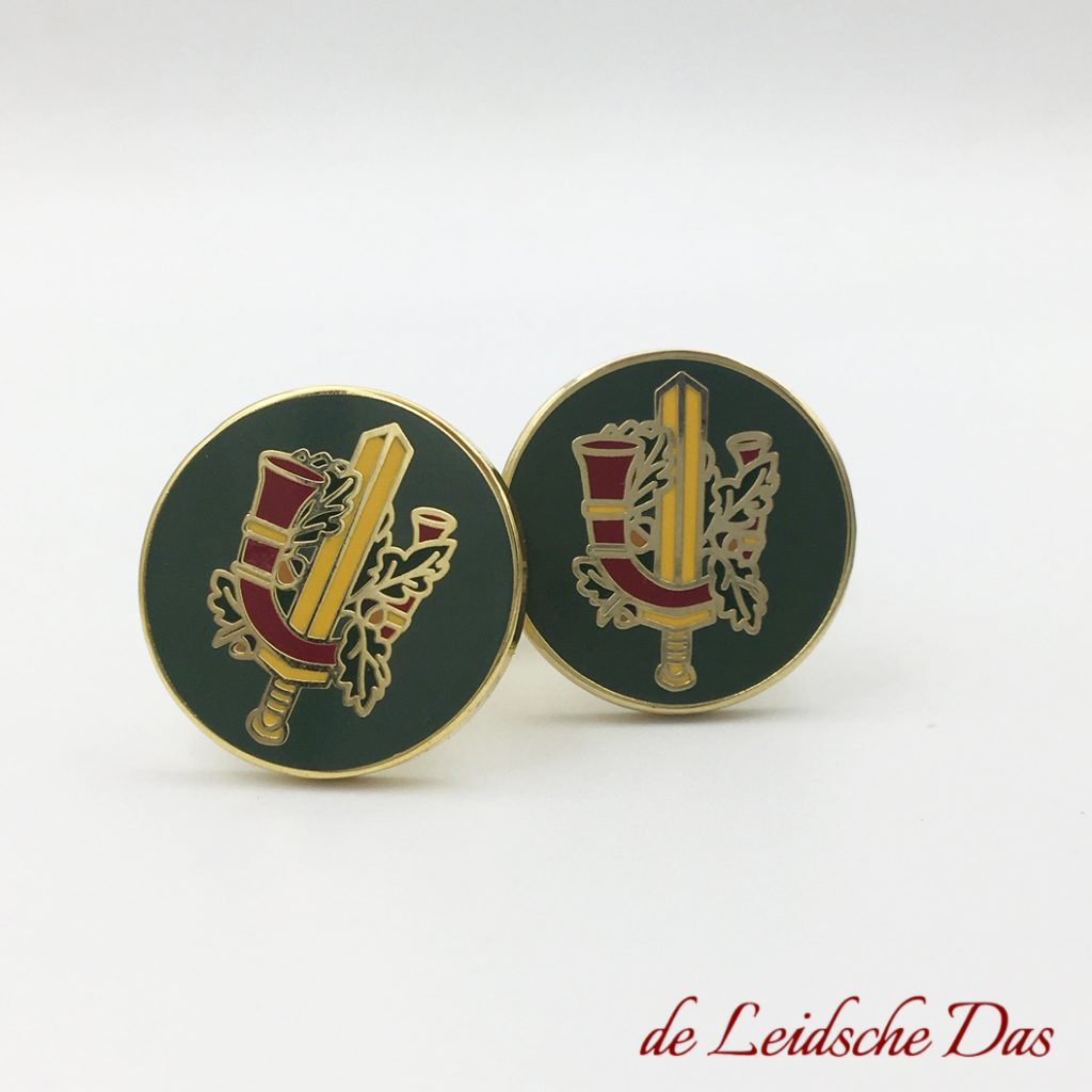 Round cufflinks we made to order for a army regiment. Coat of arms cufflinks