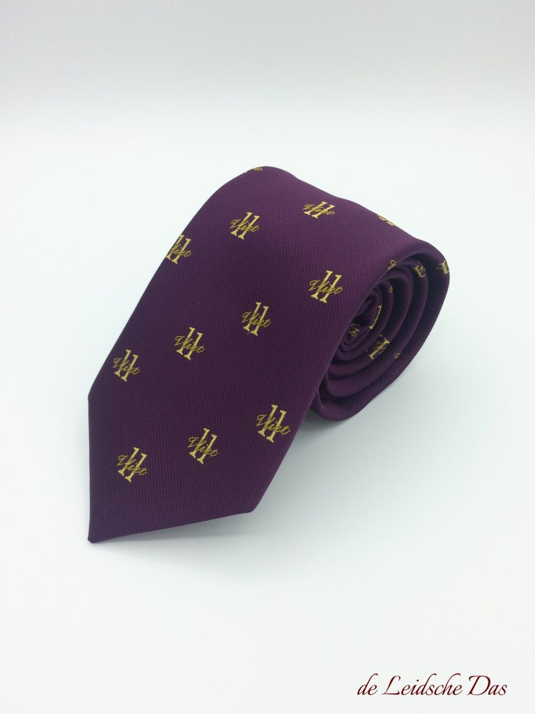 Ties in a custom design for companies and clubs, custom neckties with your logo